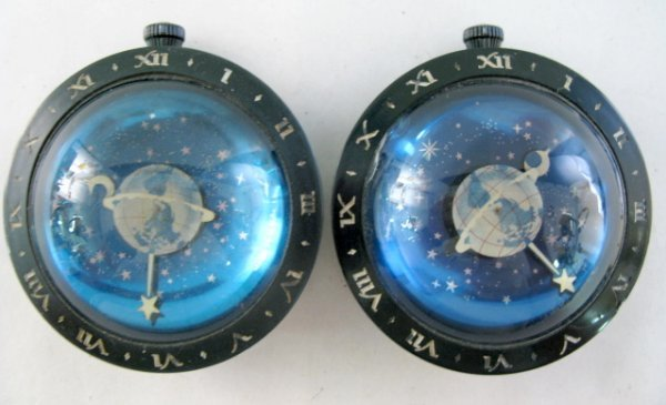 13: 2 Westclox Celestial Astronomical Desk Clocks