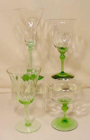 16: 9pc Stemware: Champagnes, Bowl & Waters NR
