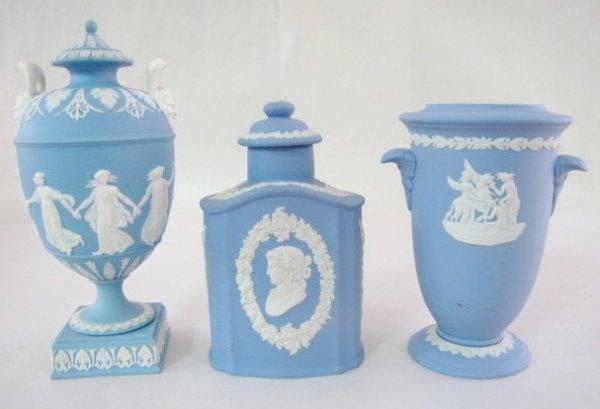 3: 3 Wedgwood Jasperware Items: Tea Jar, Urn, Vase