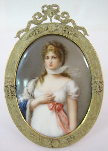 18: Queen Louise Painted on Porcelain Plaque