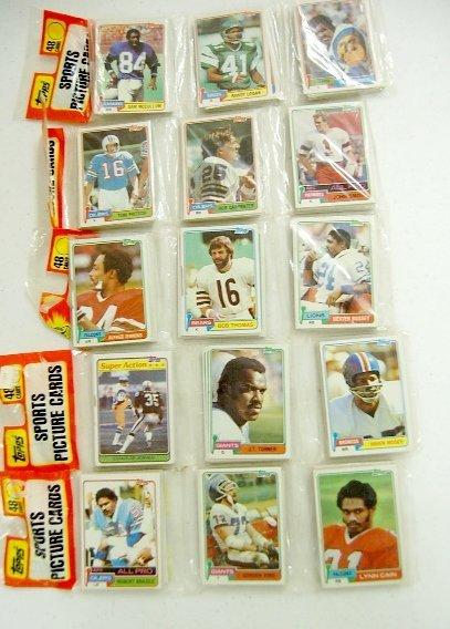 251: 5- 1981 Topps Rack Paks Football, Montana Rookie