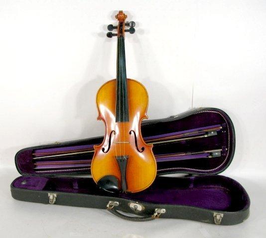 171: Copy of Antonius Stradivarius Violin in Case