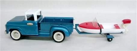 374: Tonka Toy Pickup/Trailer & Plastic Boat 1961