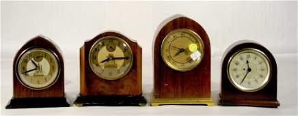212 4 Wood Electric Desk Clocks