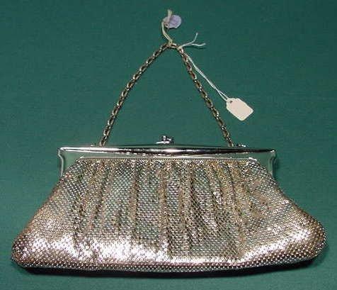 509: Whiting & Davis #2887 Metal Mesh Bag w/ Mirror NR
