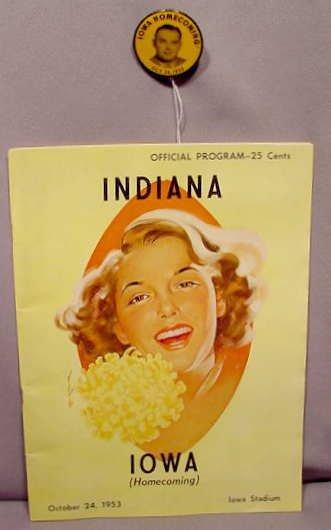 511: 1953 Iowa Hawkeye Homecoming Program & Badge NR