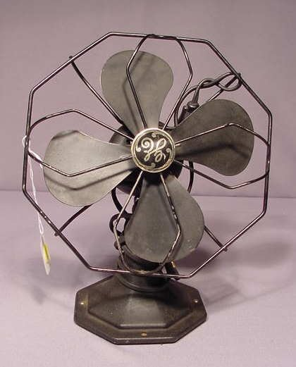 "518: General Electric 8"" Non-Oscillating Fan NR"