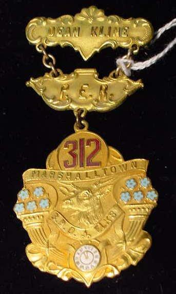 521: B.P.O.E. Elks Club Enameled Badge - Iowa NR