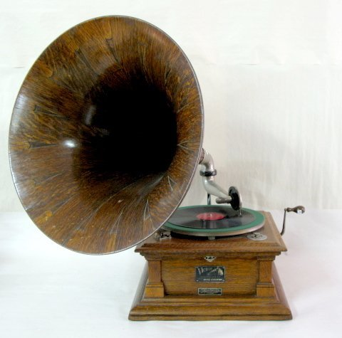 119: Model V Triple Victor Phonograph w/ Wood Horn
