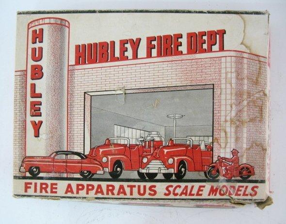 19: Hubley Kiddie Toy Fire Apparatus No.30 - 3