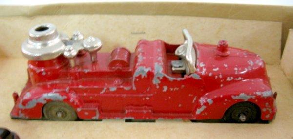 19: Hubley Kiddie Toy Fire Apparatus No.30 - 7