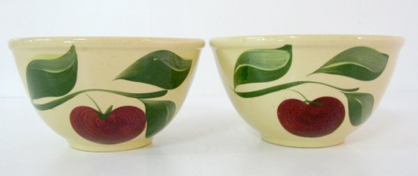 21: 2 Watt Pottery Waukee, IA Advertising Apple Bowls