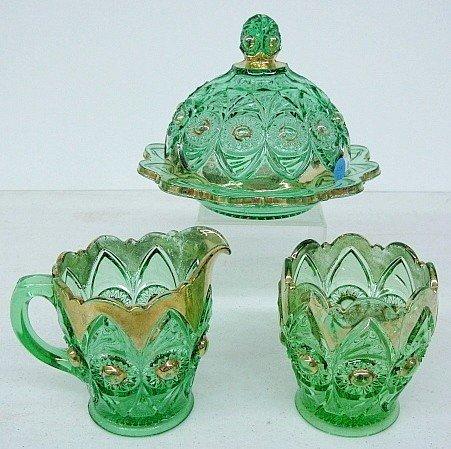 10A: Green Pattern Glass Bullseye & Fan Tableware