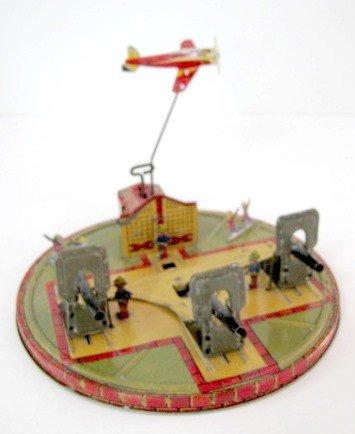 199: Marx Coast Defense Tin Litho Windup Toy