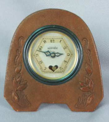 1017: Lux Paragon Leather Clock Trademark Heartbeat NR