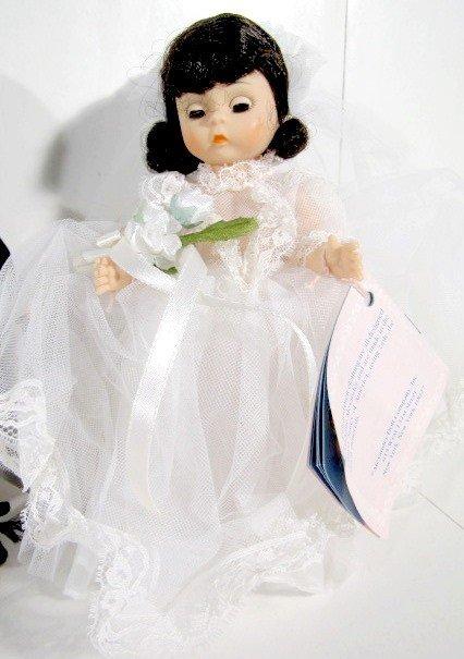 4: 2 Pairs Madame Alexander Bride & Groom Dolls - 5