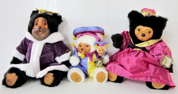 212: 3 Raikes Bears: Court Jester, Queen Mary