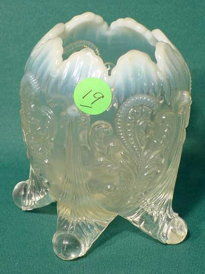 19: Clear Opalescent 4-Footed Floral Rose Bowl NR