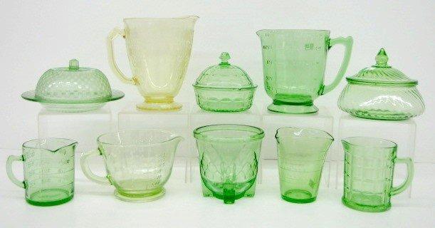 7: 10 Green & Yellow Depression Glass Items