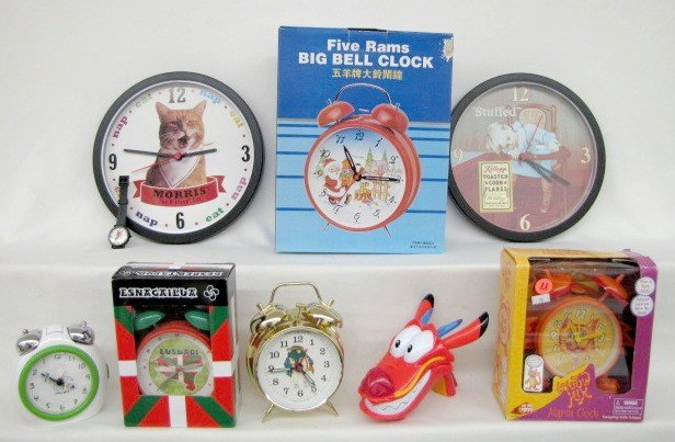 11: 8 Collectible Clocks: Advertising, Santa & More