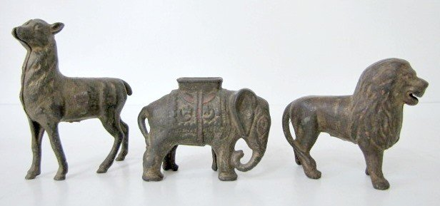 3: 3 C.I. Figural Animal Still Banks: Deer, Lion +
