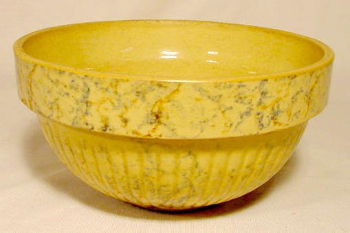 13: Red Wing Saffronware Adv Stoneware Bowl 1937 NR