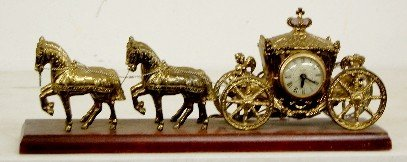 11: United Electric Horse & Carriage Clock