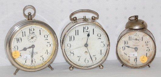 3: 3 Alarm Clocks: Wecker, New Haven & Victory