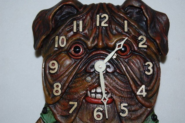 239: Bulldog Head Pendulette Wall Clock - 2