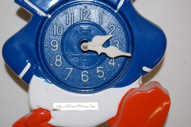 276: Walt Disney Prod. Animated Donald Duck Clock - 3