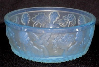 "107: Sabino Art Glass ""Les Femmes"" Bowl"
