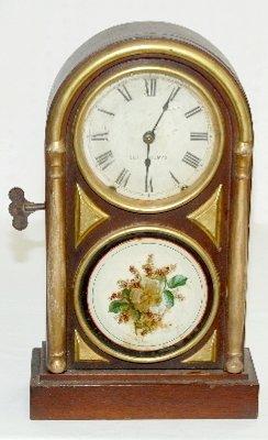43: Seth Thomas Antique Round Top Shelf Clock