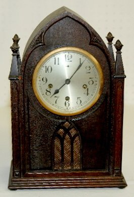 109: New Haven WM Chimes Cathedral Mantel Clock
