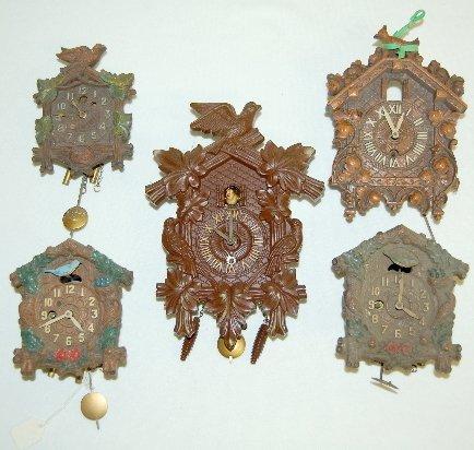 216: 5 Lux Keebler Clocks