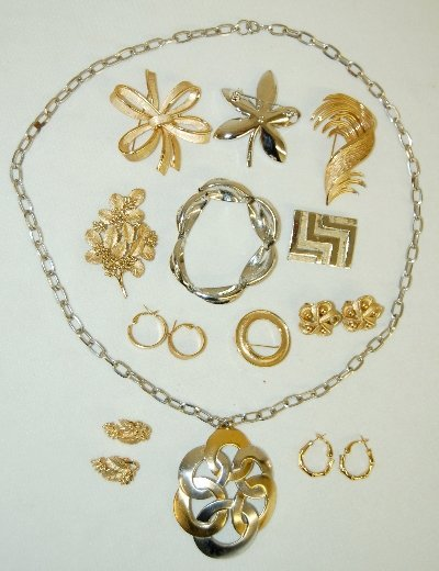 12J: 11 Pieces of Trifari Jewelry, Necklace, Earrings