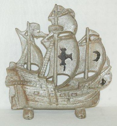 23: Cast Iron Galleon Ship Door Stop