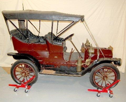 177: 1908 REO Sedan Touring Car