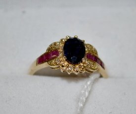 10 K Yellow Gold Ring, Ruby and Sapphire