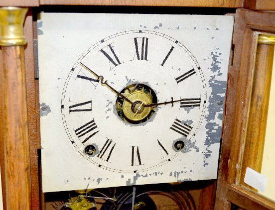 Seth Thomas Miniature Column Shelf Clock - 4