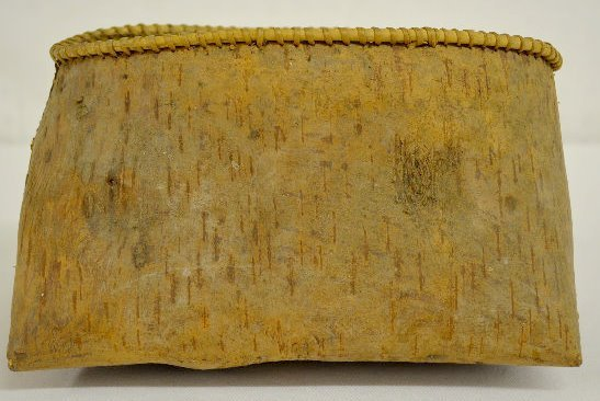 Old Native American Birch Bark Container - 5