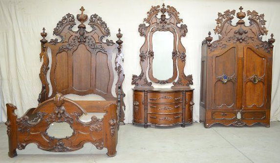 3 Pc. Large Ornate Bedroom Set, Fruit Carved, 9'
