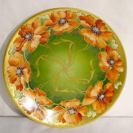 1002: D&C France Studio Chicago HP Poppies Plate NR