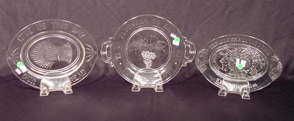 1007A: 3 Pattern Glass Bread Trays: Wheat Grapes Beehiv