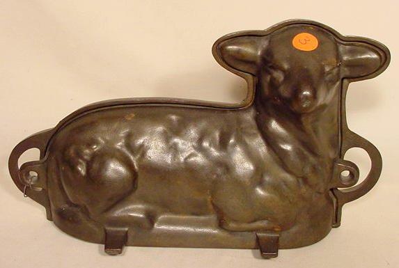 3: Antique Cast Iron Lamb Mold NR