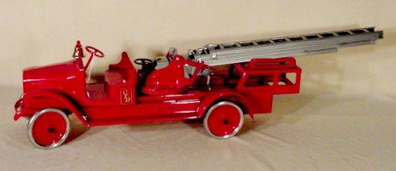 228: Buddy L #205B Aerial Ladder Truck (Restored) NR