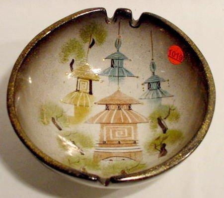 1019: Sascha Brastoff Pagodas Ashtray NR