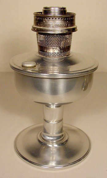 1: Aladdin B-136 Treasure Lamp Base NR