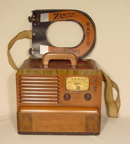 504: Zenith 5-G-403  Portable Wood Wave Magnet Radio NR