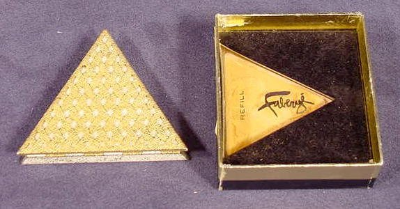 1021: Faberge Triangle Compact with Box NR