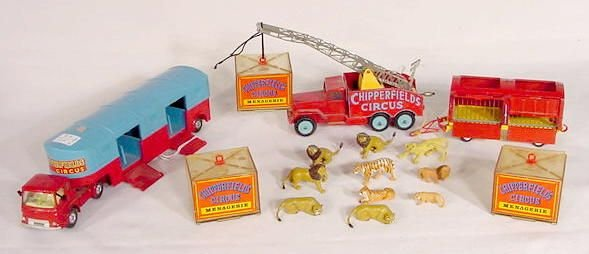 1501: Corgi Major Toys Chipperfield's Circus Set NR